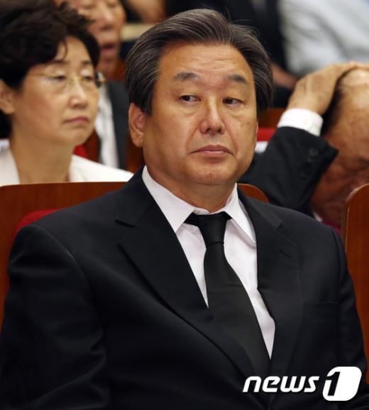 """김무성 """"총선·대선 표잃을 각오로 노동개혁 나설 것"""""""