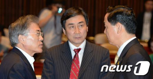 [사진]혁신안 논의하는 새정치민주연합