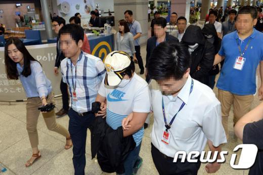 [사진]경찰, 태국서 인터넷도박 일당 국내 송환