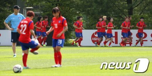 [사진]여자축구 '동아시안컵 승리 위해 구슬땀'