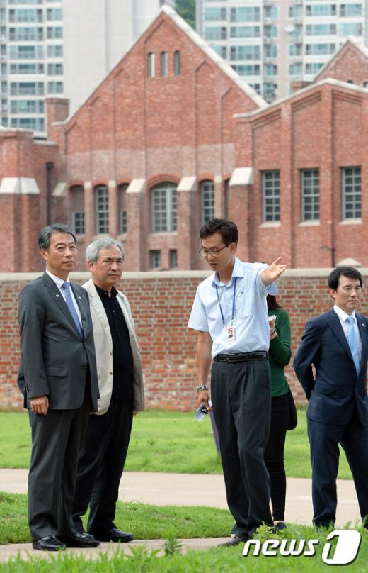 [사진]서대문형무소 찾은 정종섭 장관
