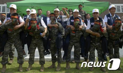 [사진]'대한민국 해병대가 있어 든든하네'