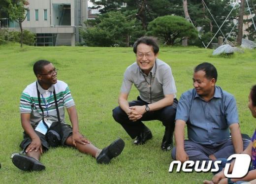 [사진]조희연 교육감, 아시아 시민사회 교육네트워크 여름학교 참석