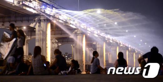 [사진]무더운 여름밤