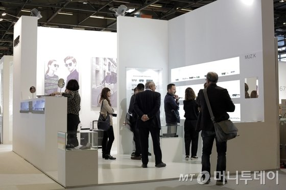 2014 안경·광학박람회(Silmo)에 참가한 뮤지크