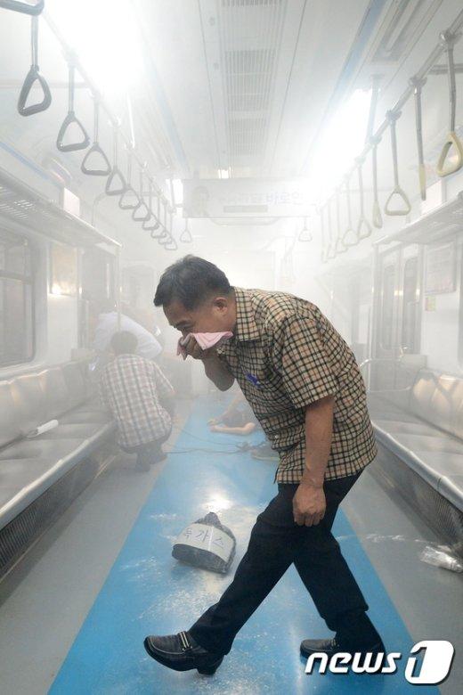 [사진]'독가스를 피해라'