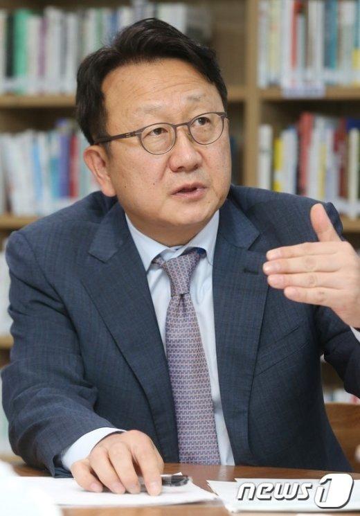 [사진]이종훈 의원, 더300 노동개혁 토론회 참석