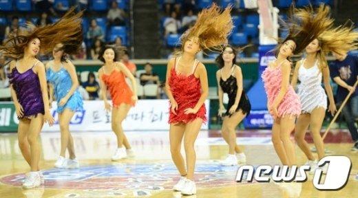 [사진]'머리 휘날리며 파이팅!'