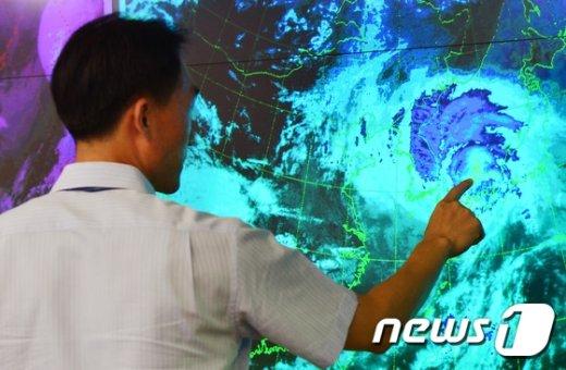[사진]'전국이 태풍 고니 영향권 아래'