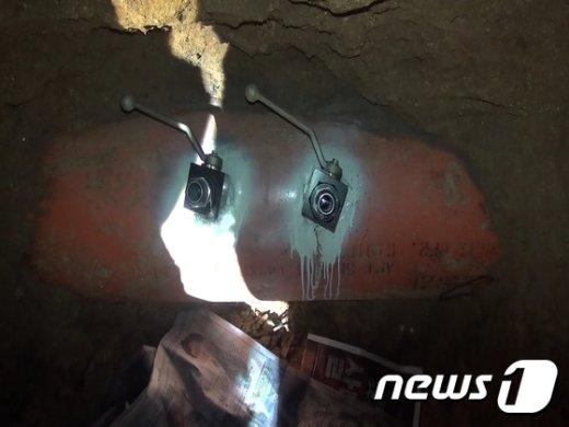 [사진]경기경찰청, 지하터널 이용 80억대 송유관 기름 훔친 조직 검거