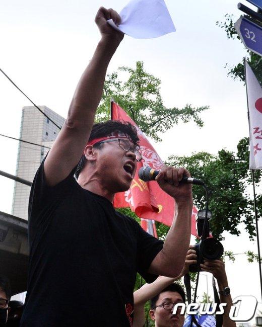 [사진]한상균 민주노총 위원장 '투쟁'