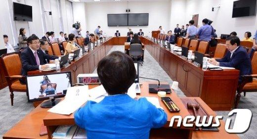 [사진]서민주거복지특별위원회 전체회의