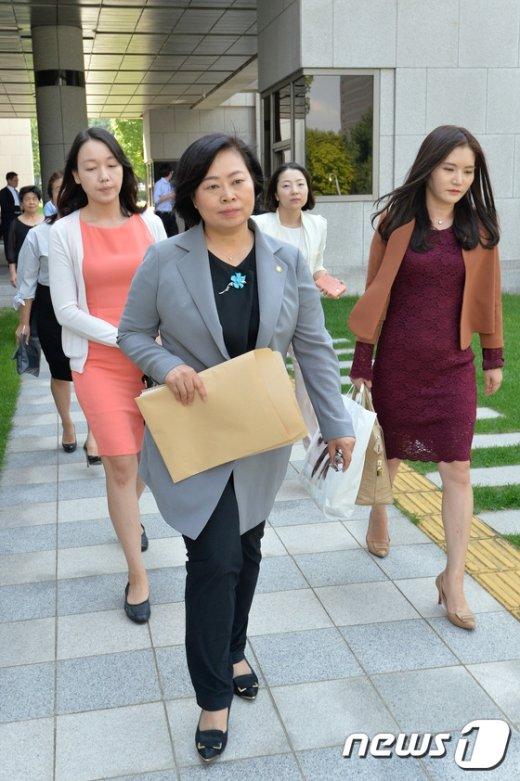 [사진]기자회견 마친 여성변호사회