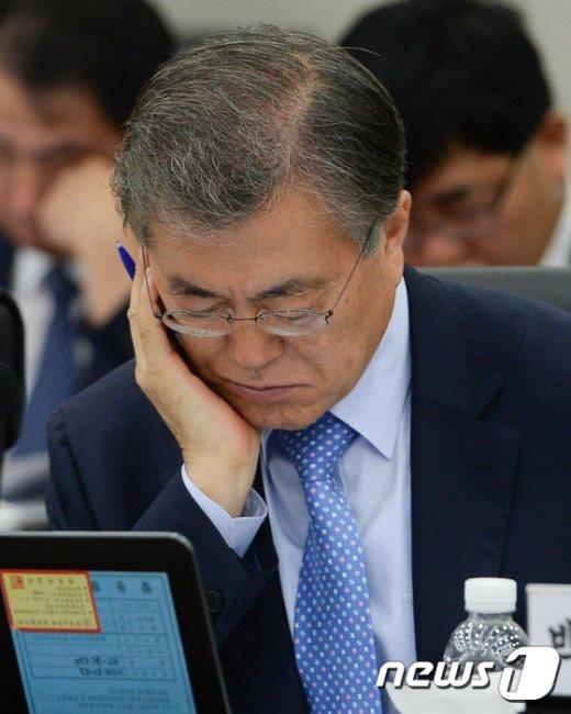[사진]승부수 던진 문재인 대표 결과는?