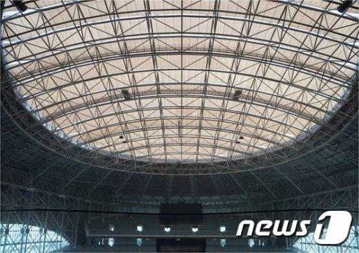 고척스카이돔 투명차음막 (사진=서울시 제공) 2015.9.15/뉴스1© News1