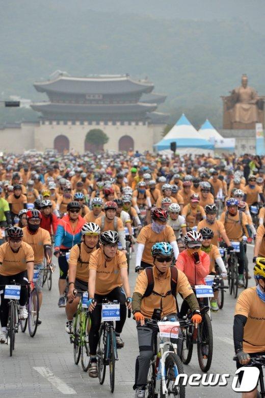 [사진]서울 도심을 메운 자전거 행렬