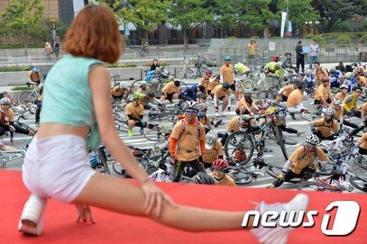 [사진]'운동 전 준비운동은 필수'