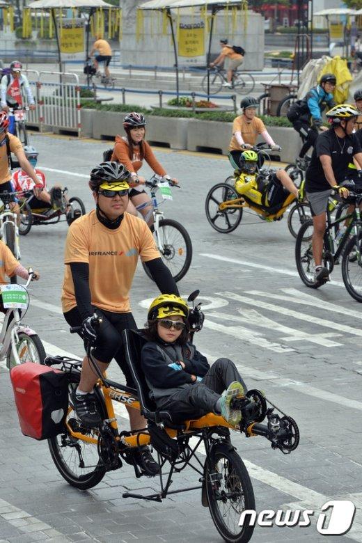 [사진]이색 자전거 총출동