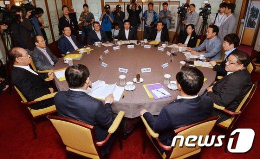 [사진]당·정·청, 노동새혁 입법 논의