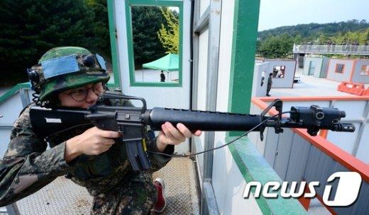 [사진]예비군, 마일즈 장비 활용 훈련