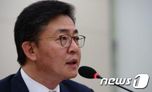 홍용표 통일부 장관./뉴스1 © News1 양동욱 기자