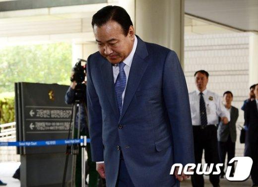 이완구 전 국무총리. 2015.10.2/뉴스1 © News1 박세연 기자
