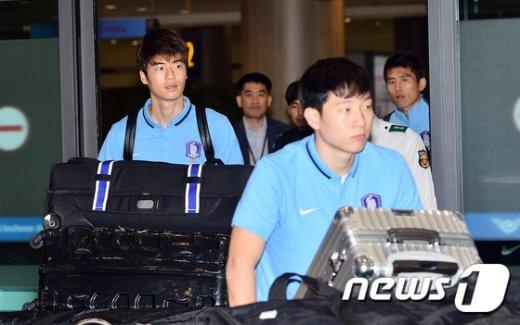 [사진]입국하는 한국축구국가대표팀