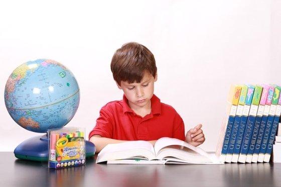 끊기 힘든 사교육, 가난으로 가는 지름길