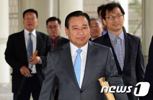 이완구 전 국무총리. 2015.10.27/뉴스1 © News1 손형주 기자