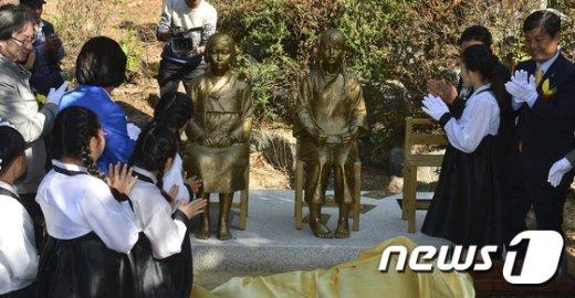 [사진]韓中이 함께 만든 평화의 소녀상