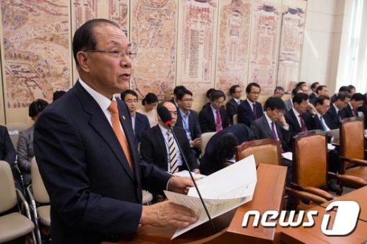 [사진]황우여, '교육부 예산안 제안설명'