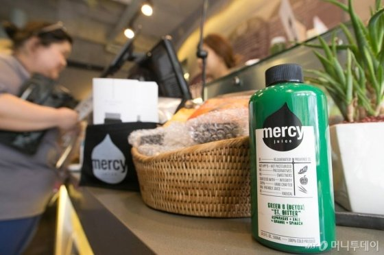소셜벤처 '머시주스'는 2014년 6월 서울 강남구 신사동 가로수길에 첫 점포를 낸 이후 1년여만에 매출 20억원을 달성했다.