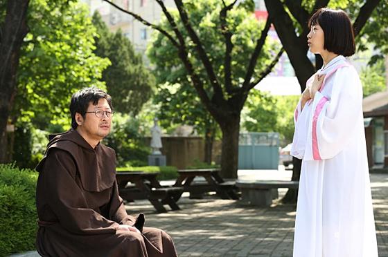 영화 '검은 사제들' 스틸컷 /사진=CJ 엔터테인먼트