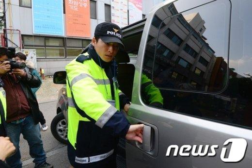 [사진]조계사 앞 차량 검문 철저