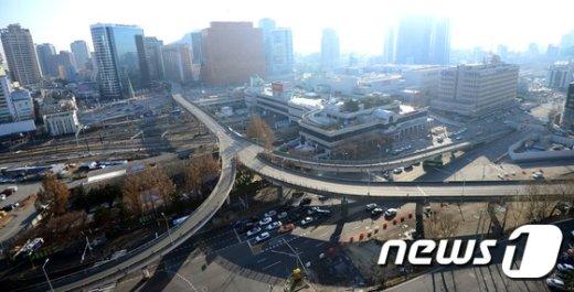 [사진]텅빈 서울역 고가...'어떤 모습으로 변모할까'