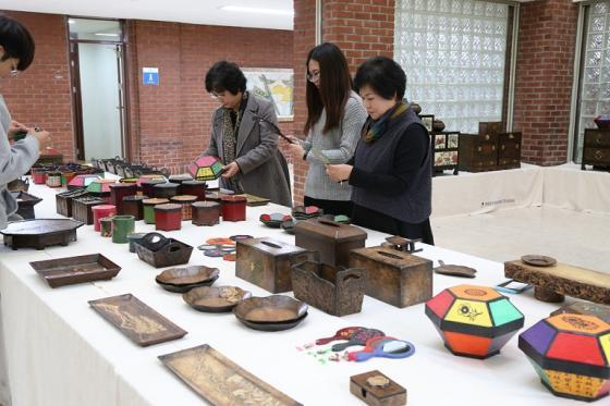 금오공대, 소외계층 한지공예 작품 전시회 개최