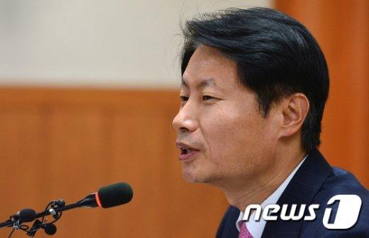 [사진]기자회견 하는 김강립 보건의료정책관