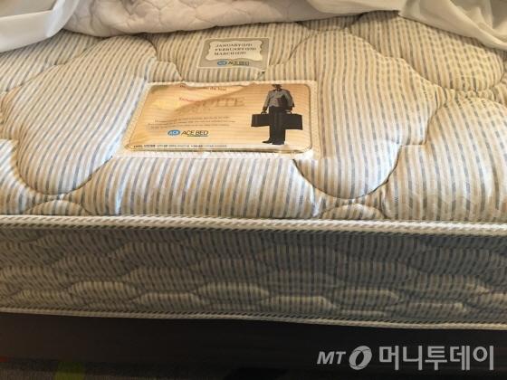 침대는 에이스 골드스위트를 채택하고 있다/사진=이지혜 기자
