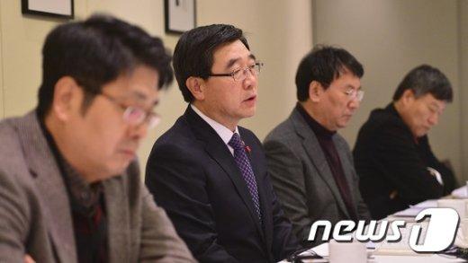 [사진]신년인사회 참석한 이기권 장관