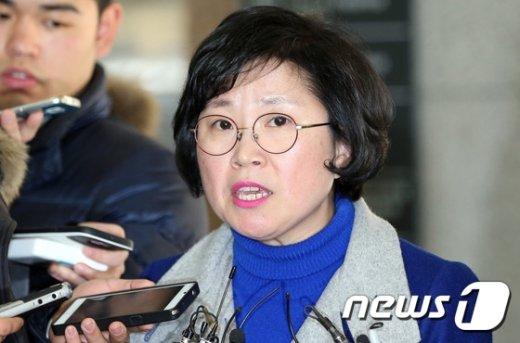 [사진]무죄 입장 밝히는 김현 의원
