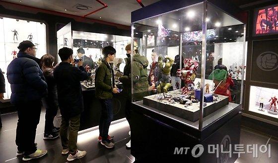 [사진]엔터식스, 세계 최초 '마블 컬렉션' 스토어 오픈