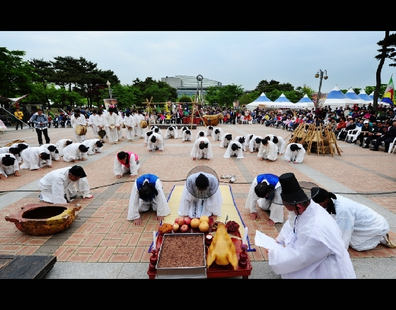 울산이 준비한 '미래도시로 떠나는 실크로드 울산여행' 프로그램을 선택하면 볼 수 있는 '쇠부리 축제'. /사진제공=한국관광공사