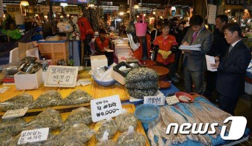 [사진]점유이전금지가처분 진행 중인 구 노량진수산시장
