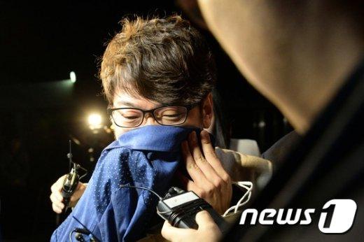 [사진]서울구치소 나서는 '정운호 게이트' 사무장 권 모씨