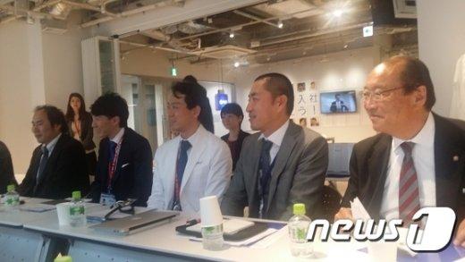 바바 토시마사 MRT 대표(왼쪽 두번째) © News1
