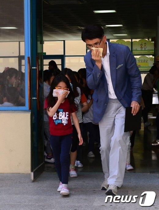[사진]'학교에서 불이나면'