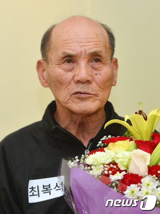 [사진][인터뷰] 검정고시 최고령 합격자 최복석 할아버지