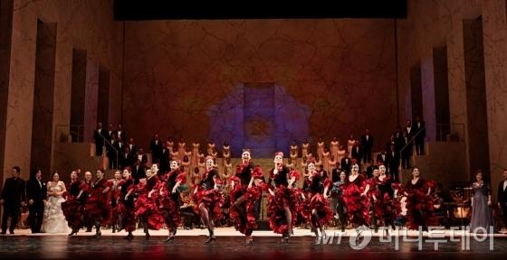 4일 서울 서초구 예술의전당 오페라극장에서 열린 국립오페라단의 오페라 갈라는 무용수들의 무용이 더해져 한편의 종합예술을 선사했다. /사진제공=국립오페라단