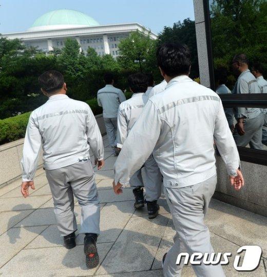 [사진]조선업 노동자들, '국회로...'