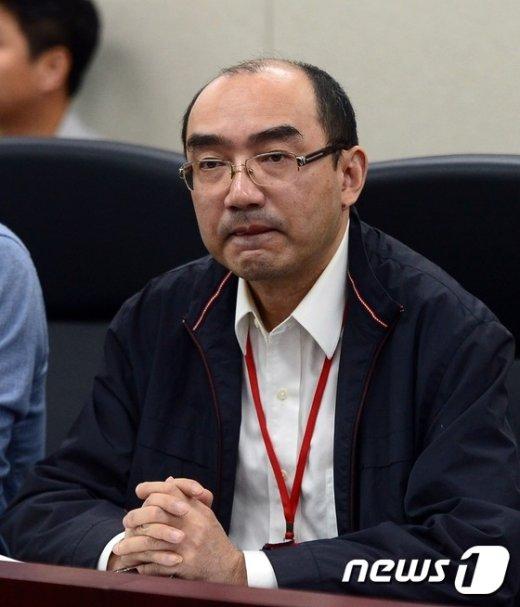 [사진]세월호 인양 공정 회의 참석한 장옌 상하이샐비지 부사장
